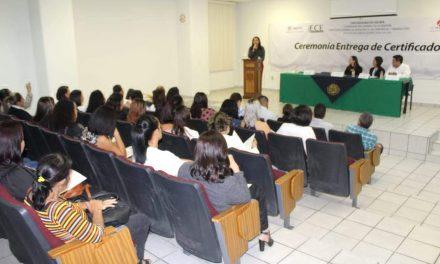 Certifica U de C competencias  de 30 asistentes educativos