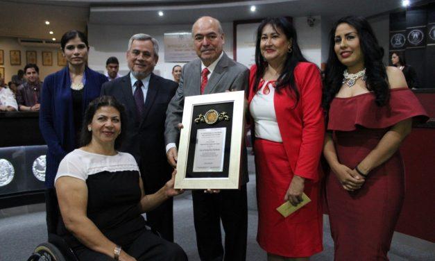 """Entrega el Congreso local el premio estatal """"Ricardo de Jesús Vázquez Lara Centeno"""""""