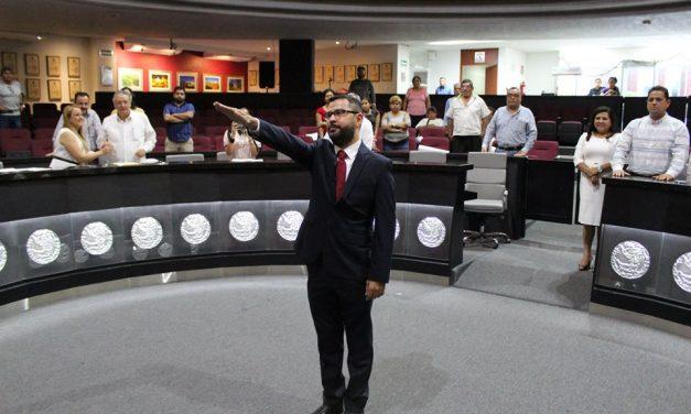 Aprueban diputados nombramiento de Juan Pablo  Gutiérrez, como Oficial Mayor del Congreso