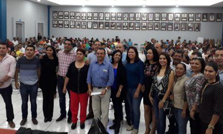 Felipe Cruz y Sindicato Acuerdan Unidad y Cobertura del Pago a Conquistas Laborales