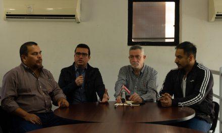 El escritor y periodista mexicano  Juan Villoro estará en Colima