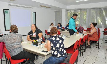 Pueden interesados cursar diplomados en ocho idiomas