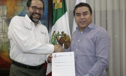 Designa gobernador Peralta Sánchez nuevos funcionarios en su gabinete