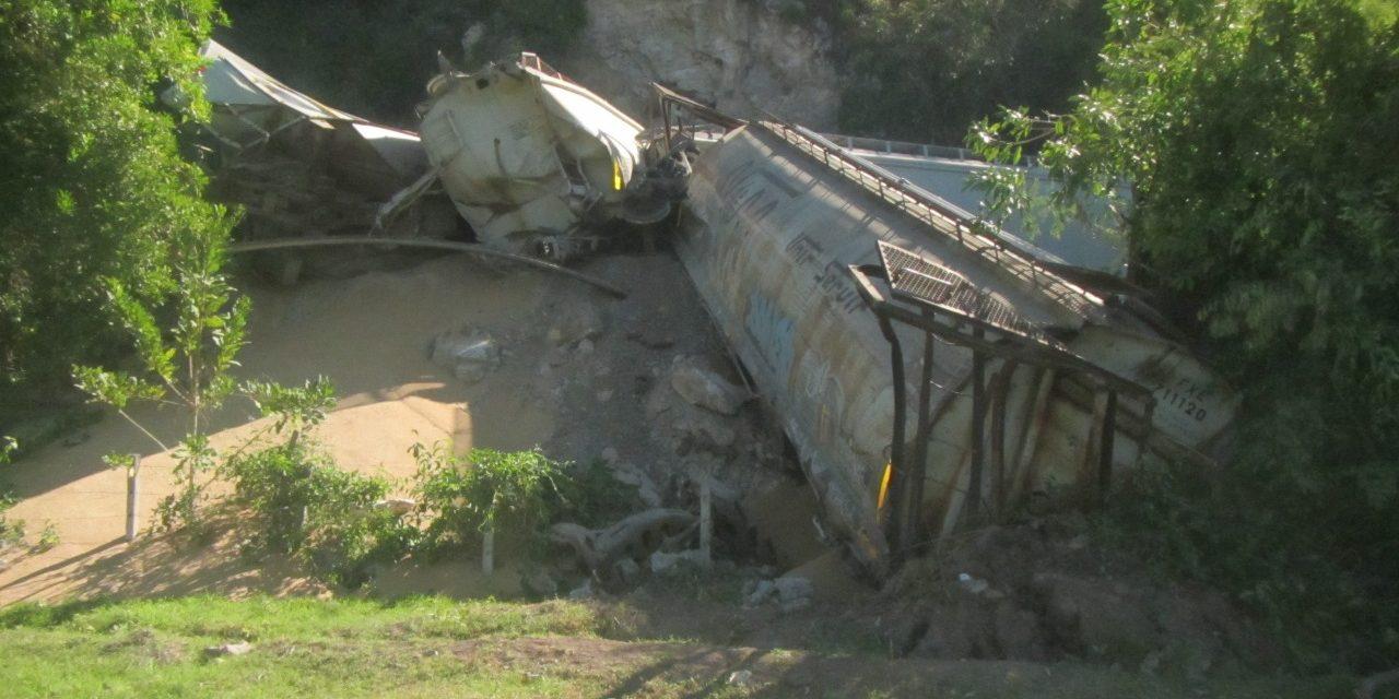 PC: Descarrilamiento de tren en Jala no representa peligro para la población