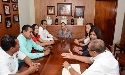 PRI reconoce a Rosita Pérez Carrillo, quien fue la primera  Regidora de Armería y Presidenta del Grupo Antares