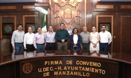 Formalizan lazos de colaboración U de C y Ayuntamiento de Manzanillo