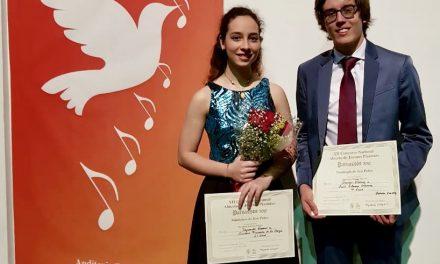 Alumnos de la UdeC ganan concurso  nacional de jóvenes pianistas, en N.L.