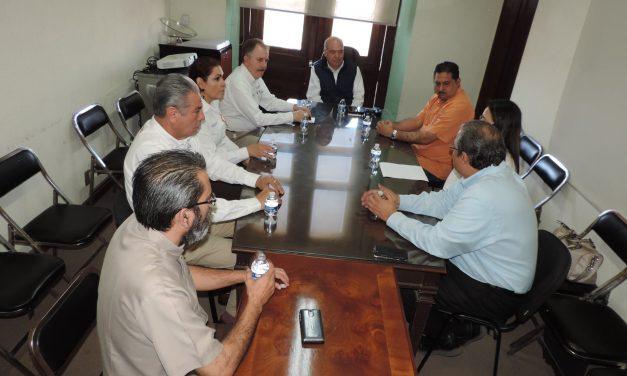 Visitador de la CNDH se reune con el Secretario General de Gobierno