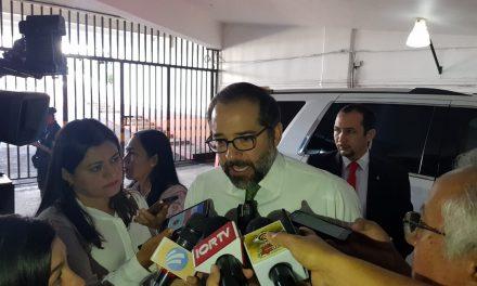 Confirma el gobernador: se han localizado 11 fosas con 19 cadáveres, en Tecomán