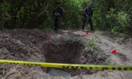 En 3 meses se espera tener resultados para identificar los 69 cadáveres localizados en Tecomán: Fiscalía