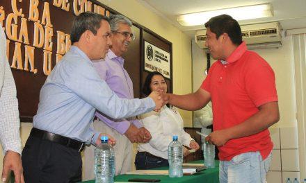 Entregan 20 becas Grupo Colimán-UdeC-FEUC