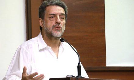 Transformar conciencias, tarea de la cuarta transformación: Luciano Concheiro