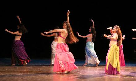 """Presentan danzas polinesias en el Foro """"Pablo Silva"""""""