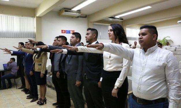 Se titulan 15 jóvenes preparados para administrar recursos marinos