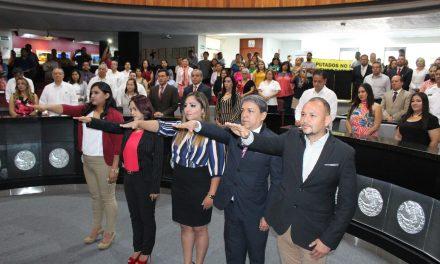Rinden protesta integrantes del Consejo de la Comisión de Derechos Humanos de Colima