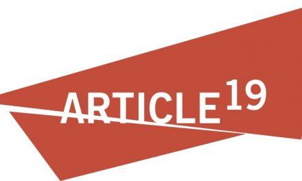 """Artículo 19 exige a AMLO cesar su """"discurso estigmatizante"""" contra Reforma, tras amenazas en redes a su director"""