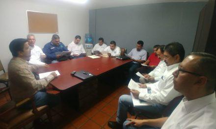 Se reúnen organismos operadores de agua con el presidente de la Comisión de Hacienda
