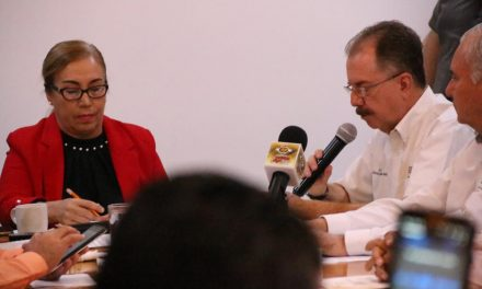 Por no estar clarificada relación laboral no se puede otorgar IMSS a choferes: V. Reyna