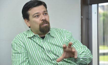 Trabajo y disciplina, esenciales para lograr una obra: Rogelio Guedea
