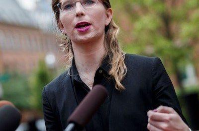 Chelsea Manning encarcelada de nuevo negarse a declarar sobre Julian Assange