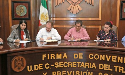 Firman UdeC y Secretaría del Trabajo convenio para apoyar a personas con discapacidad
