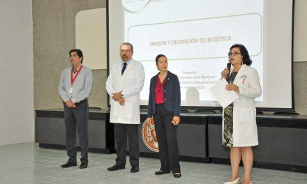 Conocen futuros médicos principios de Biótica para trato con pacientes