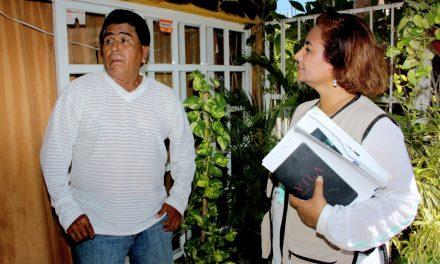 Elementos de la Policía Federal y de la Guardia Nacional, custodian a alcaldesa de Manzanillo
