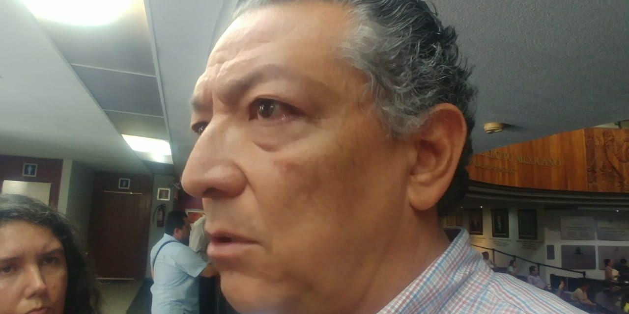 """Me han invitado muchos, """"seguiré en las filas del PRI"""": Rogelio Rueda"""