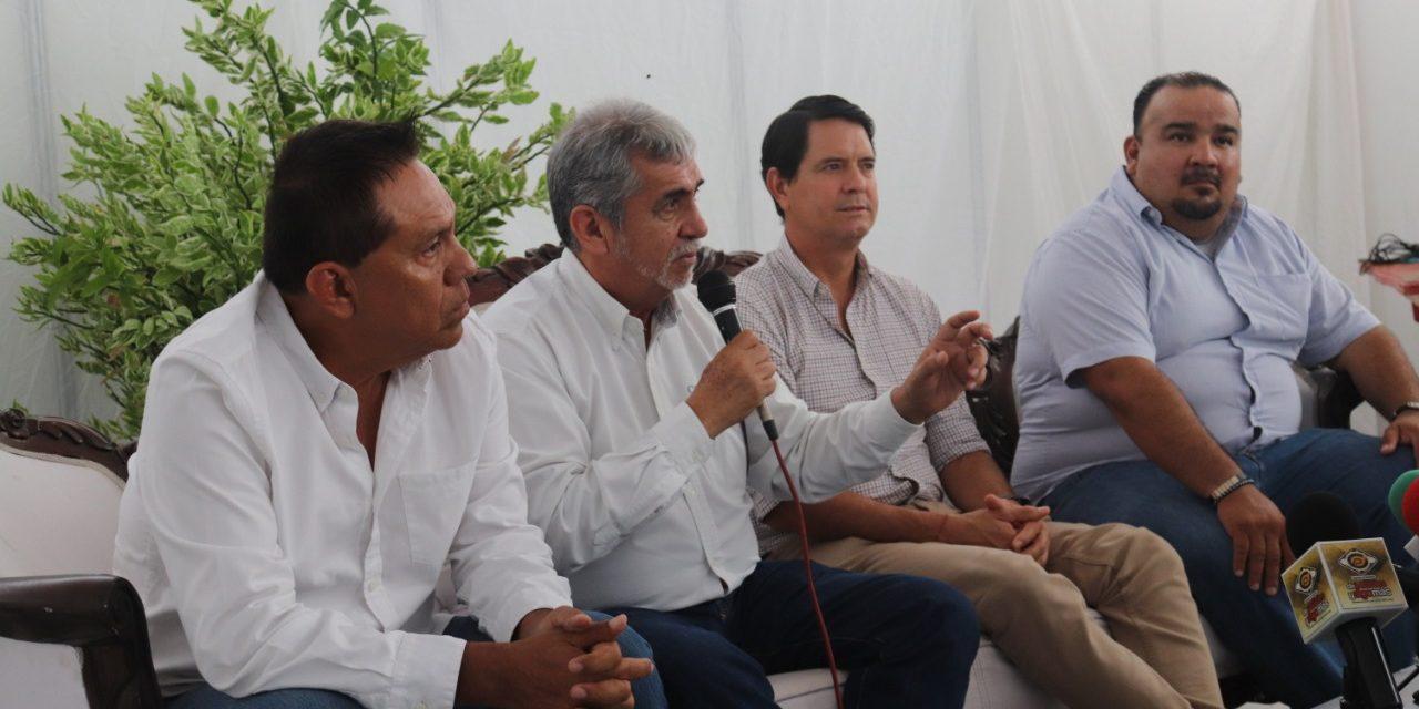 Gloria Trevi y Carlos Rivera en la Feria de Todos los Santos 2019