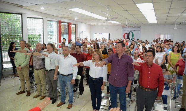 Rinden protesta los nuevos miembros del Consejo Político Municipal del PRI en Colima