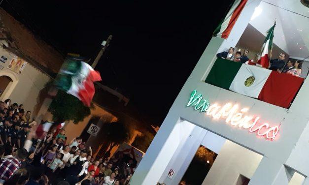 Así se vivió la ceremonia del Grito de Independencia en Villa de Álvarez