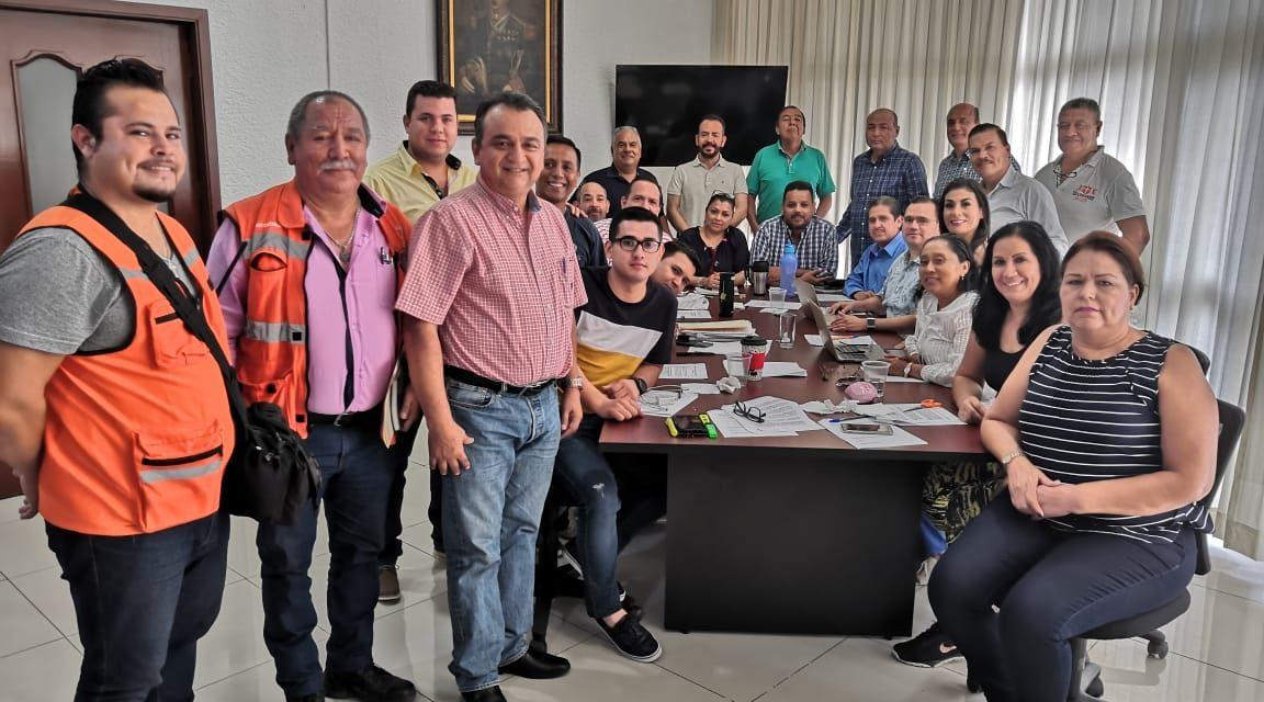 Felipe Cruz pide a villalvarenses prevenirse, por Ciclón 16-E, que entrará este domingo