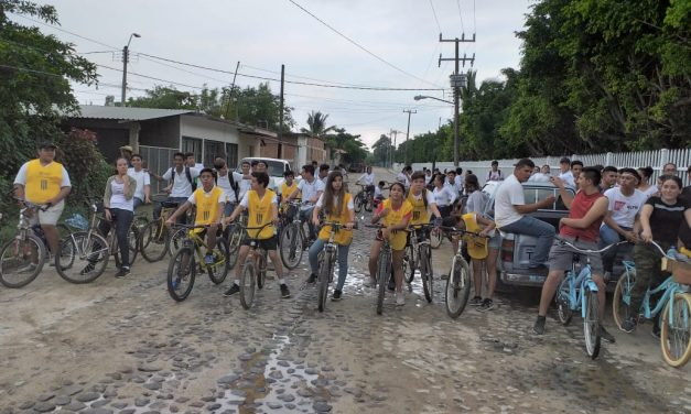 Conmemoran Día Internacional de la Paz, en Manzanillo