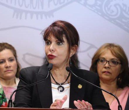 Unidos logramos más, campaña que viene promoviendo la diputada federal Claudia Yáñez, en Manzanillo