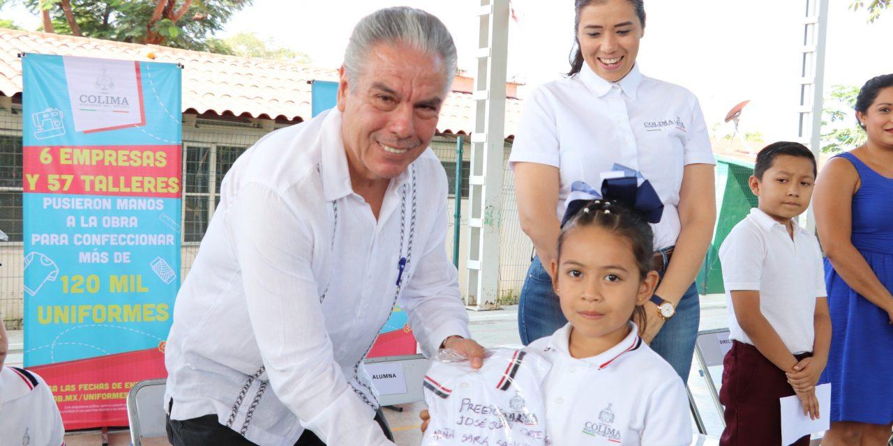 Entrega Gobierno del Estado 1 mil 146 uniformes a cuatro escuelas de Comal