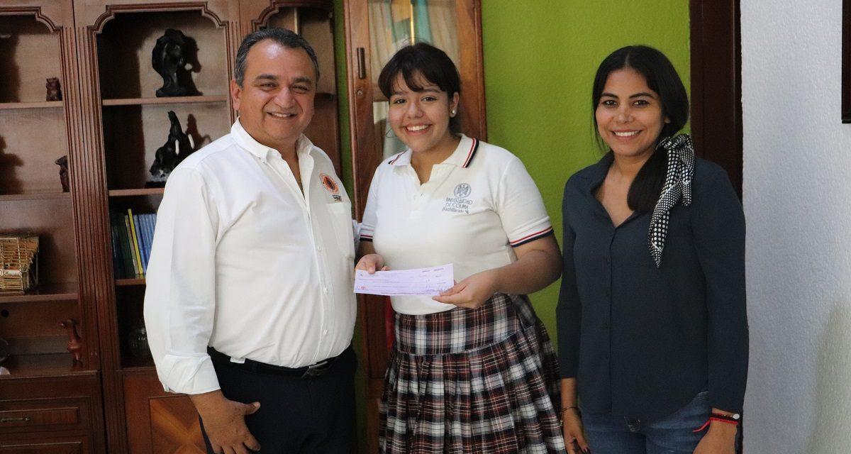 Alcalde de Villa de Álvarez, respalda a difusora estatal de los derechos de la niñez, para Foro en Colombia