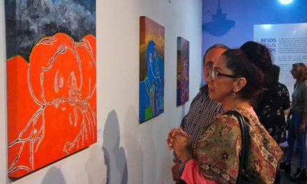 Abierta la Exposición Besos Versus Caos de Sofía del Carmen Hernández en Comala