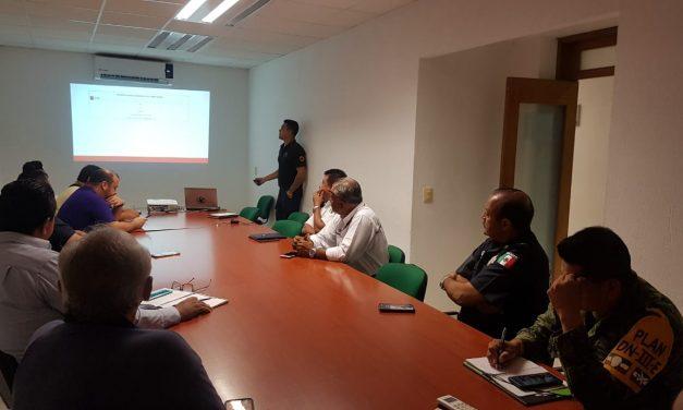 """Protección Civil de Manzanillo coordina acciones por la presencia  de la tormenta tropical """"Priscilla""""."""