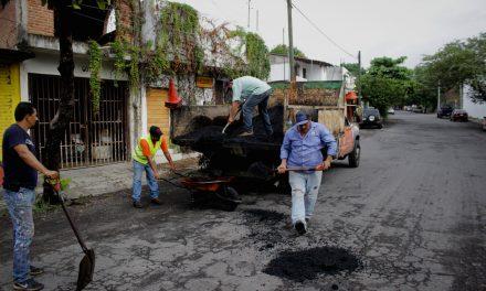 Se han reparado cerca de 15 mil baches durante el primer año de administración municipal de Colima