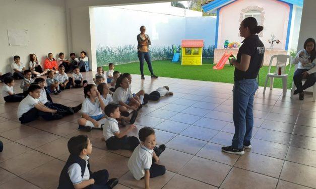 Imparten charla sobre Protocolo de Alto Impacto, a alumnos y padres de familia