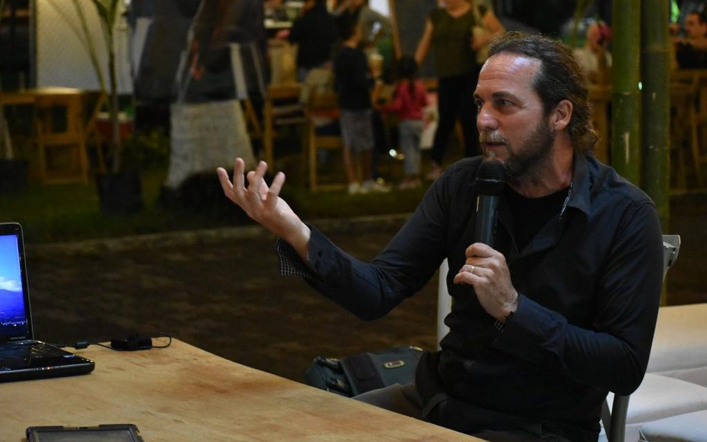 El violinista Davide Nicolini, habla sobre el proceso de creación de su disco Sensaciones