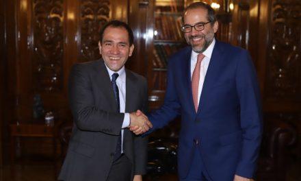 Gobernador gestiona ante Hacienda recursos para Colima