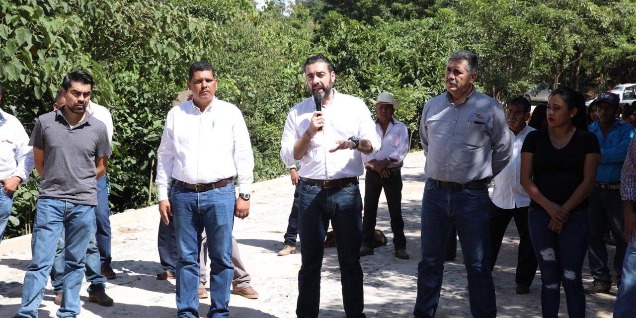 Peña Colorada entrega apoyos en el Municipio de Cuautitlán de García Barragán, Jalisco
