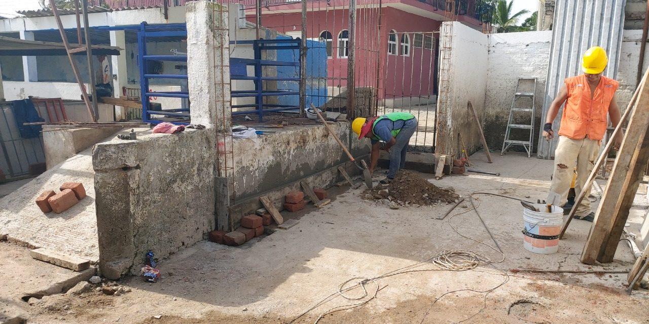 Lleva 40% de avance rehabilitación del Rastro de Santiago, en Manzanillo