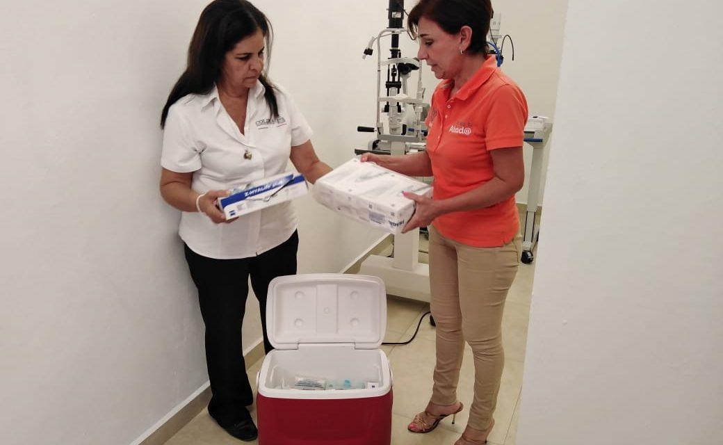 DIF Municipal Colima, entrega medicamento para cirugía intraocular al DIF Estatal