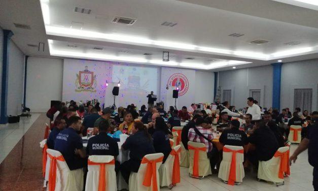 En el Día del Policía, Cabildo reconoce trabajo de policías municipales y policías viales