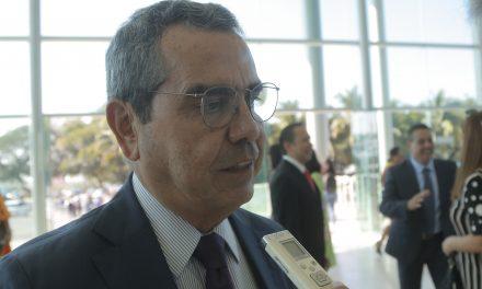 UdeC, el activo más importante de los colimenses: Carlos Salazar