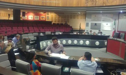 """Diputados """"aprueban"""" por apenas 11 votos, reformas a leyes de ingreso de 4 municipios"""