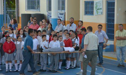 Realizan escuelas de la entidad simulacro con motivo del Día Estatal de la Protección Civil