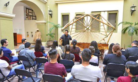 Muestran a jóvenes importancia del arte popular